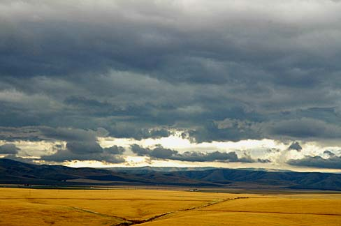 Storm_Clouds_(Umatilla_County,_Oregon_scenic_images)_(umaD0026)